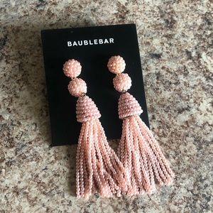 Bauble at light pink fringe earrings